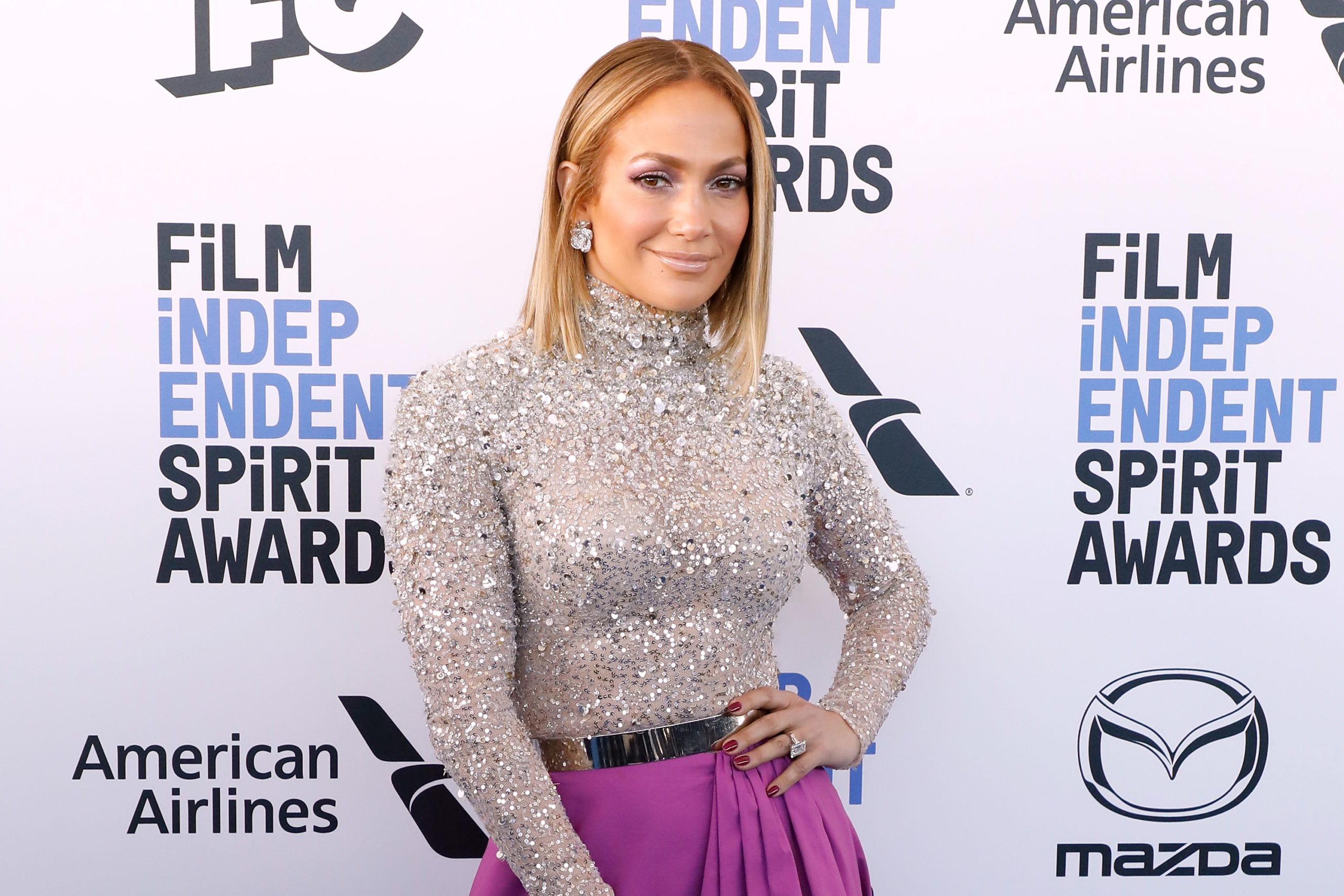 Independent Spirit Awards: look di JLo e Scarlett Johansson