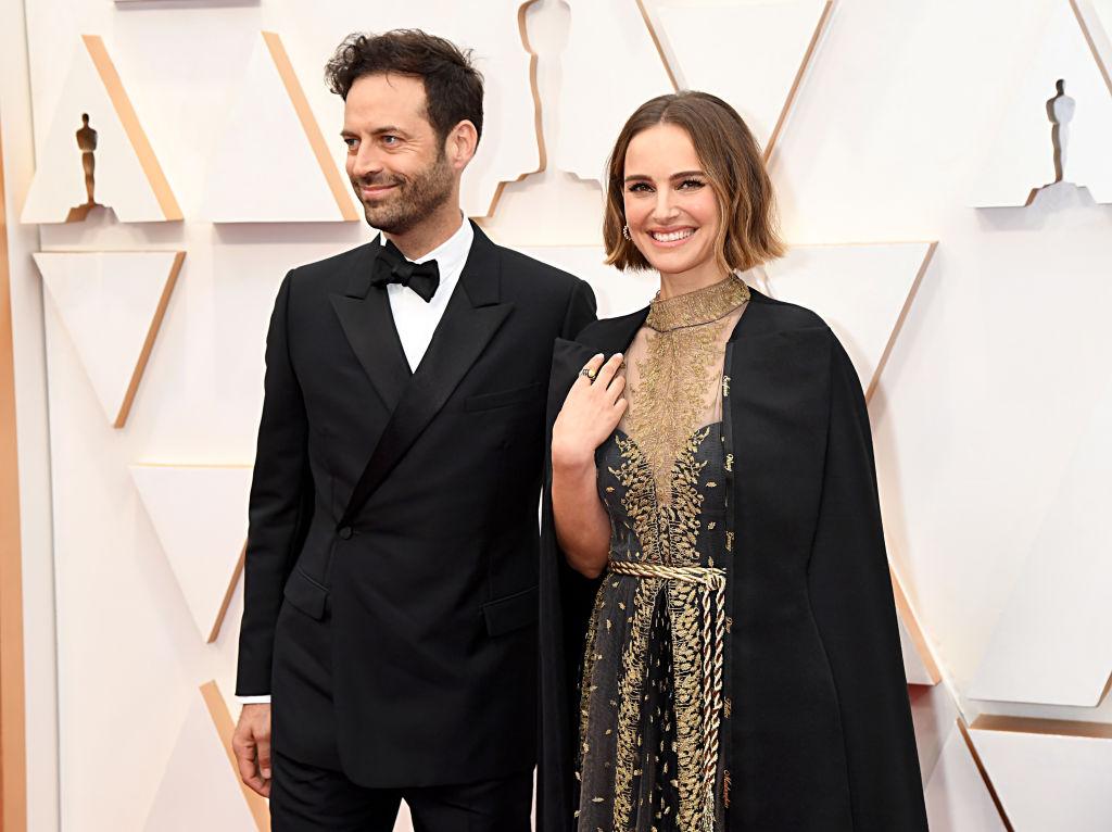 Rose McGowan critica l'abito di Natalie Portman agli Oscar