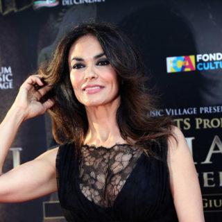 Maria Grazia Cucinotta vittima di un malore a teatro