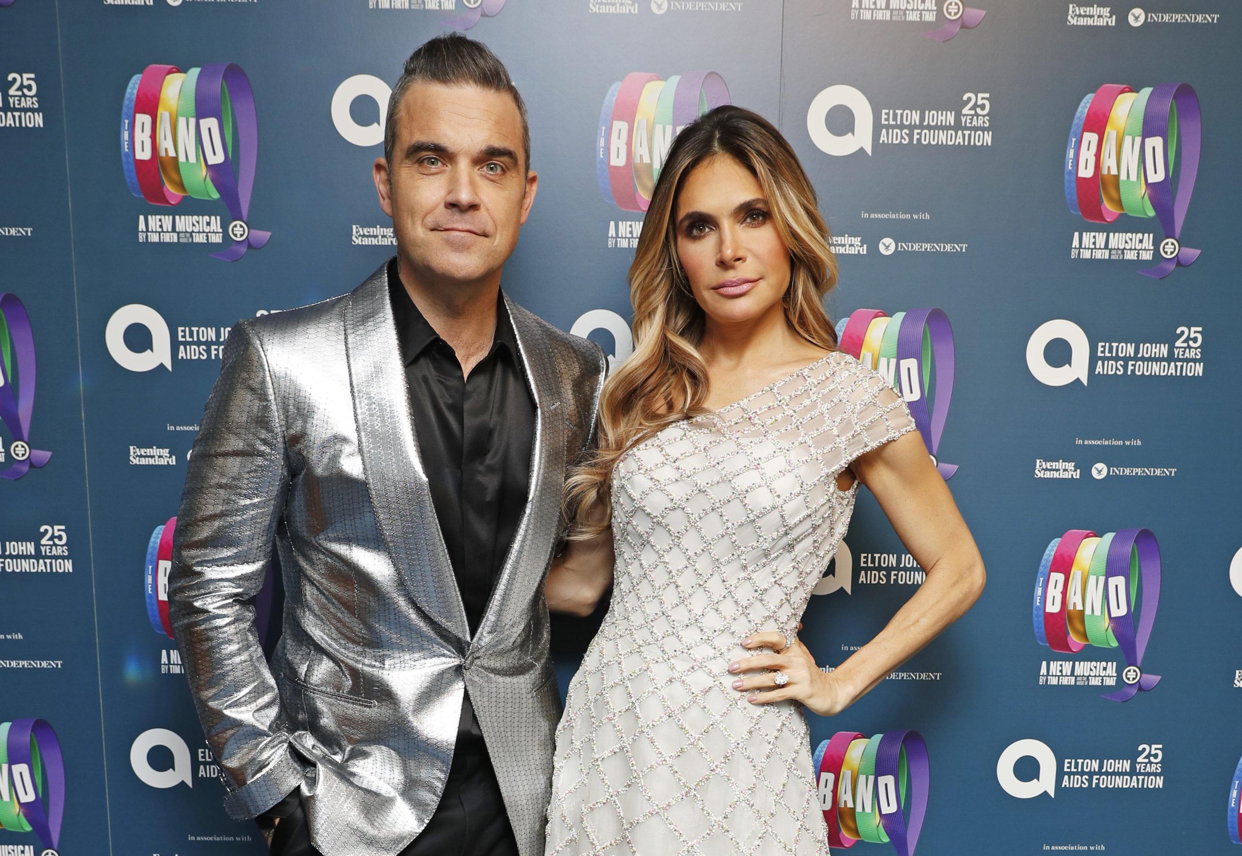 Robbie Williams e Ayda Field genitori per la quarta volta