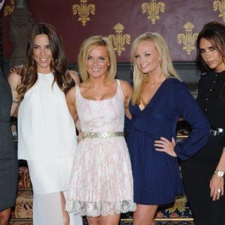 Spice Girls irriconoscibili nella foto di Geri Halliwell