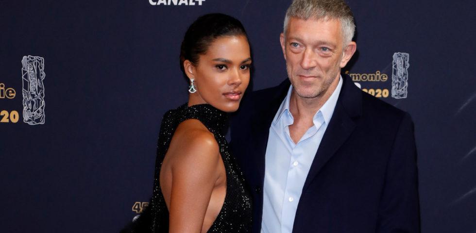Vincent Cassel e Tina Kunakey innamorati sul red carpet dei César 2020