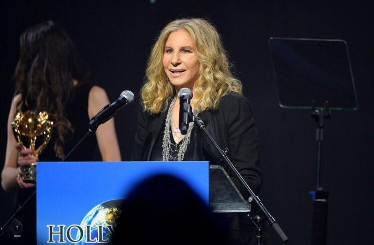 Barbra Streisand: l'America era grande prima dell'elezione di Trump