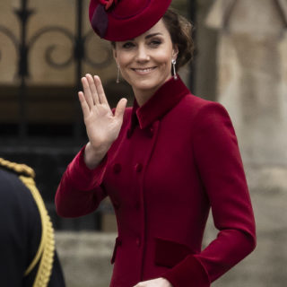 Kate Middleton: il look per il Commonwealth Day