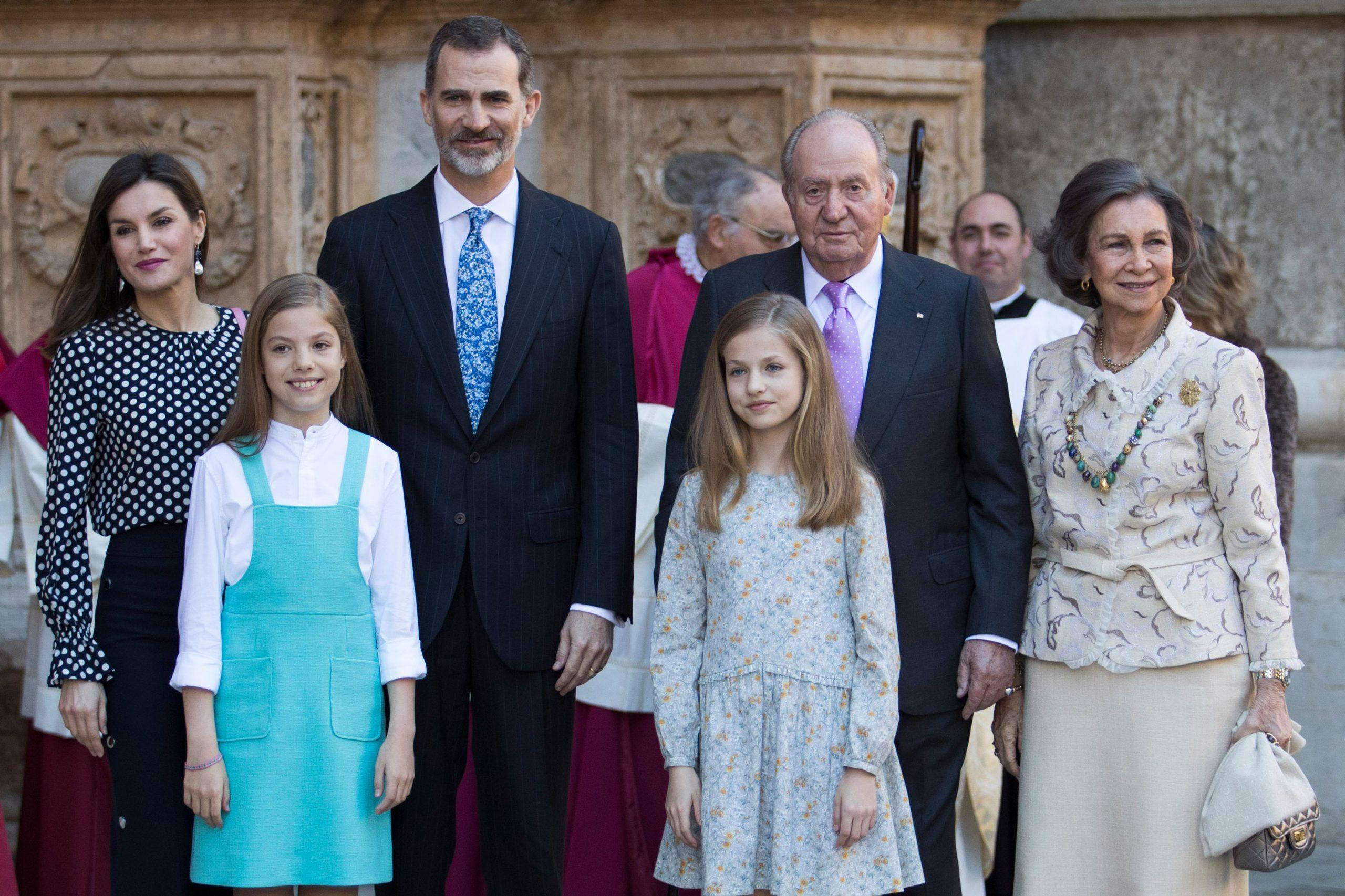 Re Felipe di Spagna rinuncia all'eredità del padre Re Juan Carlos