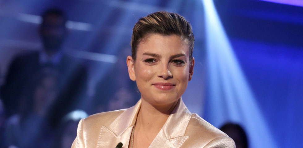 Emma Marrone: concerto in diretta Instagram sul balcone di Fedez