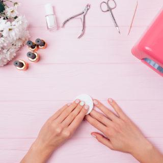 Solvente per unghie: come sceglierlo?