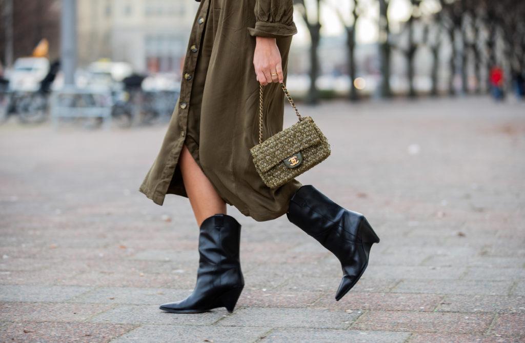 Stivali texani: a chi stanno bene e come indossarli   DireDonna