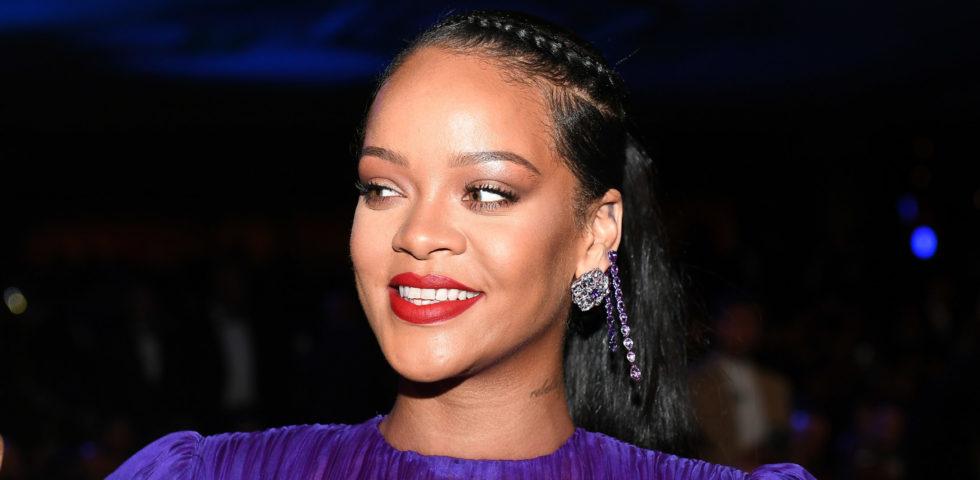 Rihanna dona 5 milioni di dollari per la lotta contro il Coronavirus