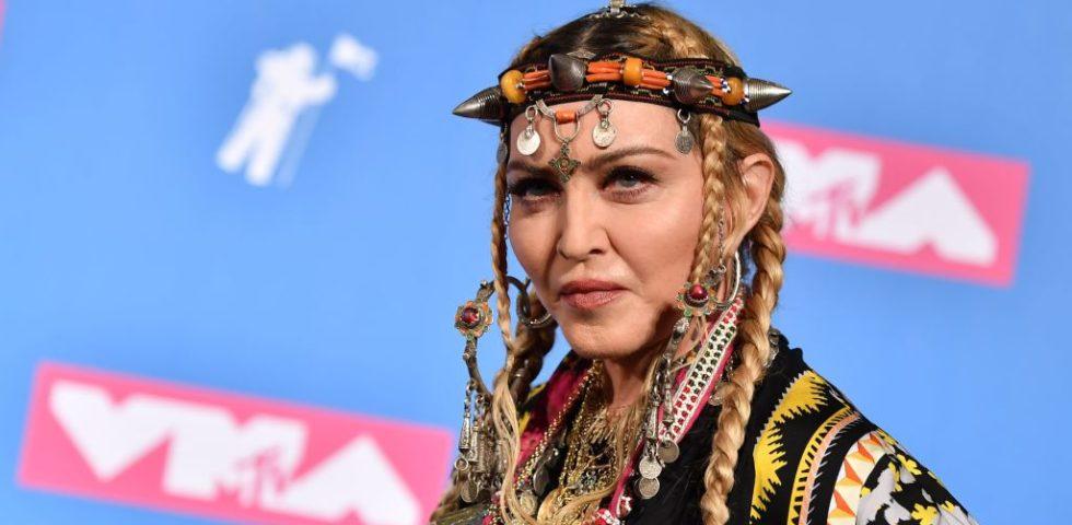 Madonna attaccata per il video del figlio che balla per George Floyd