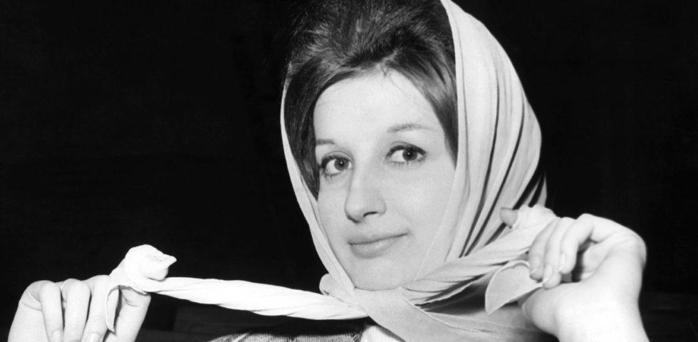 Mina compie 80 anni: i dieci brani più belli della diva italiana