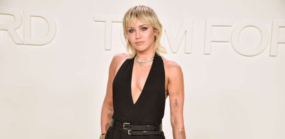 Miley Cyrus: un attacco d'ansia quando si è chiusa in casa per il Coronavirus
