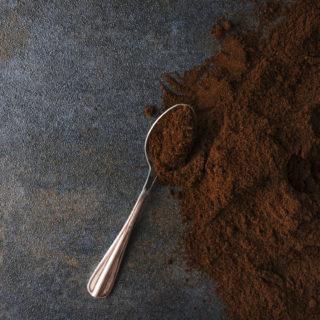 10 modi per riutilizzare i fondi di caffè