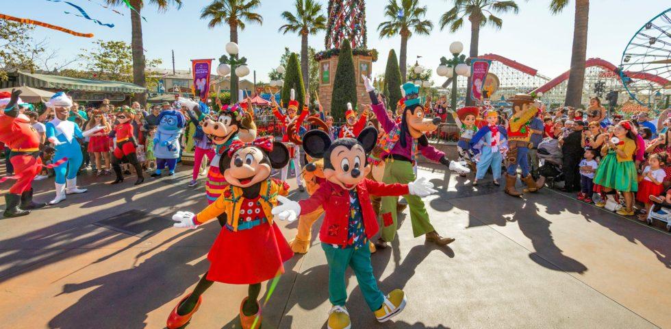 Parata Disneyland: come fare il virtual tour