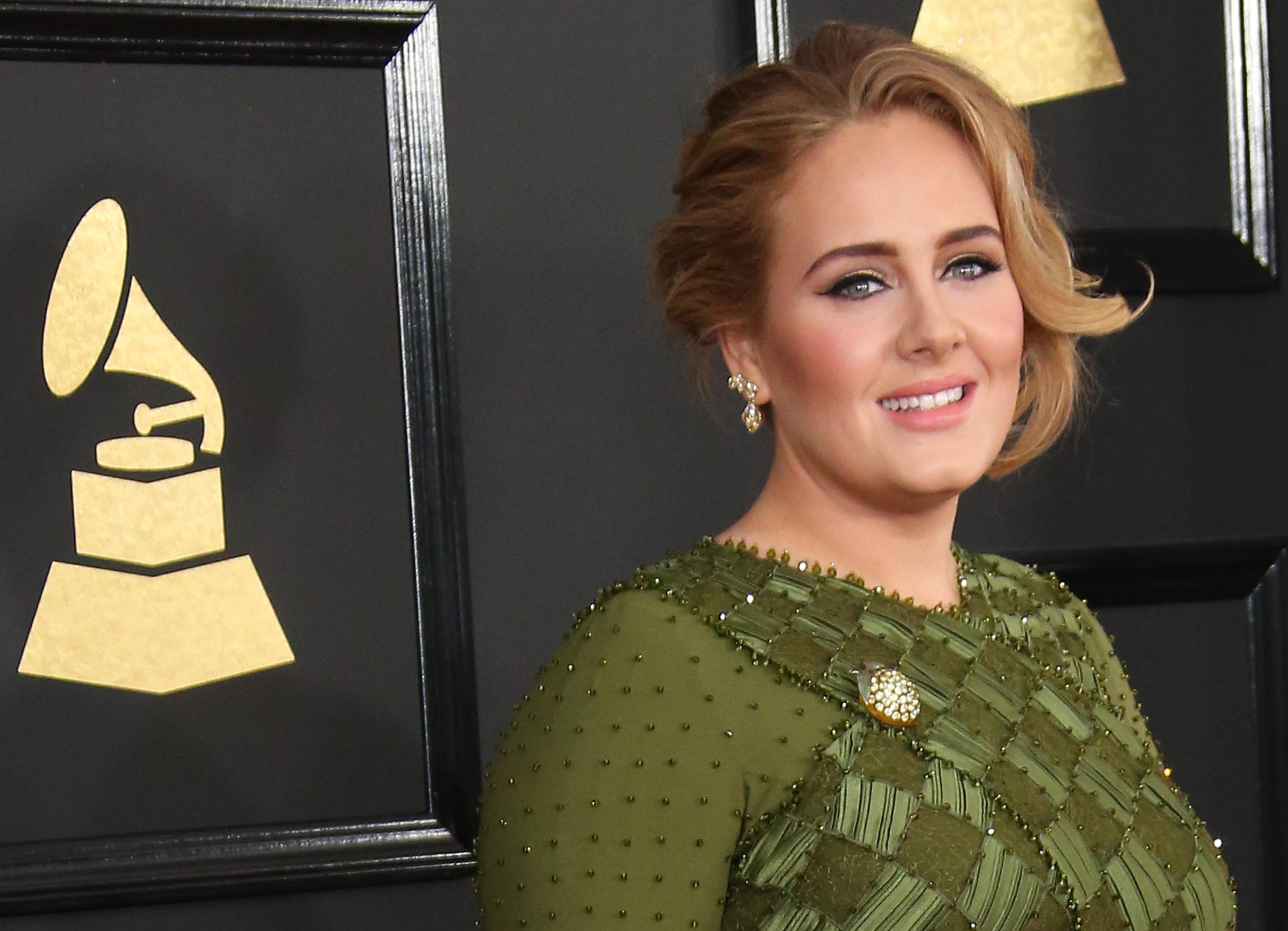 Adele di nuovo single: il fidanzato parla della rottura nell'ultima canzone
