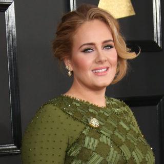 Adele: compleanno in quarantena con il figlio Angelo