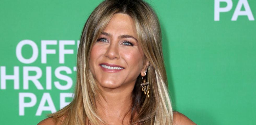 Jennifer Aniston perdona al padre di averla abbandonata da piccola