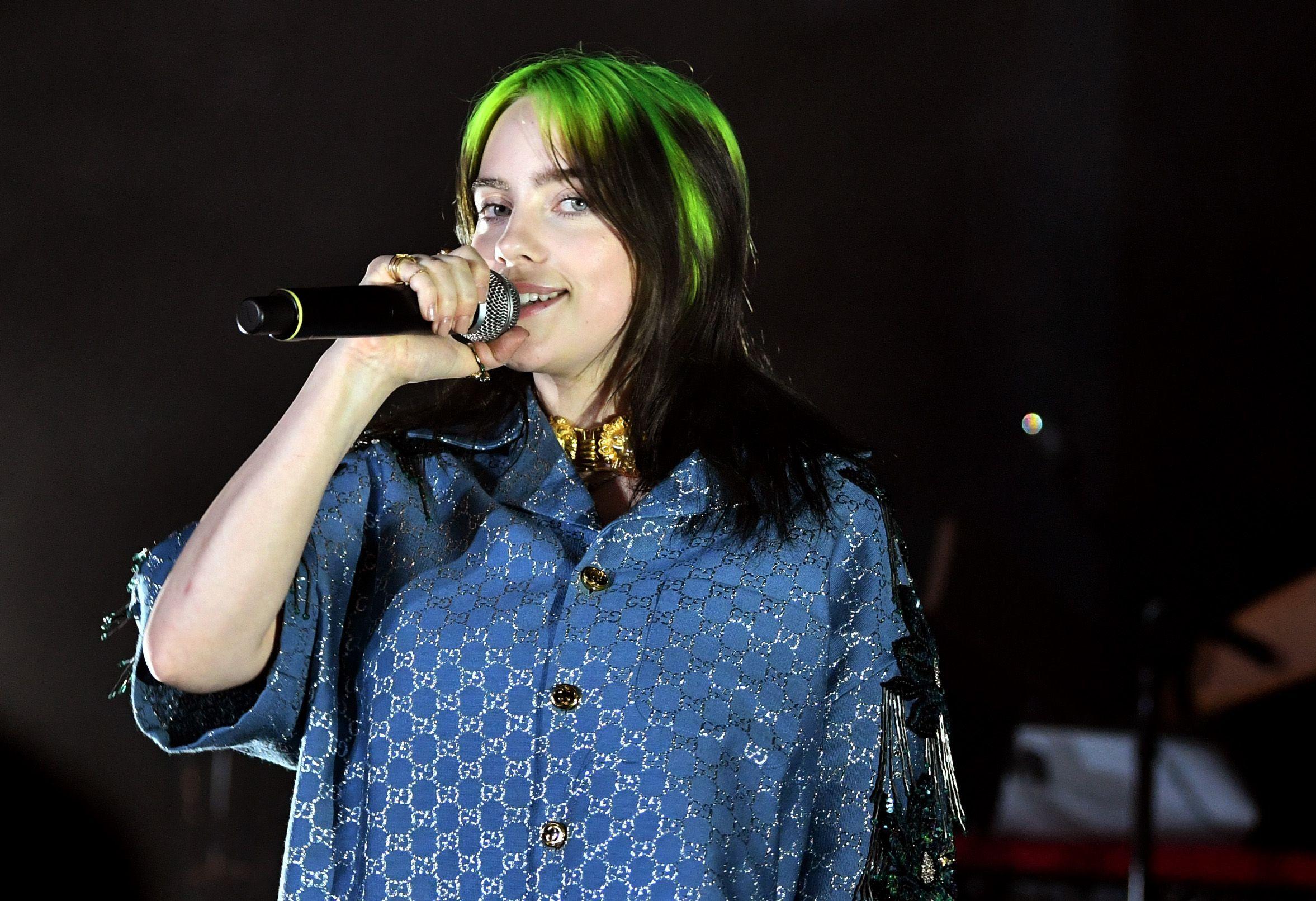 Billie Eilish: la gente indossa parrucche verdi per fingersi me