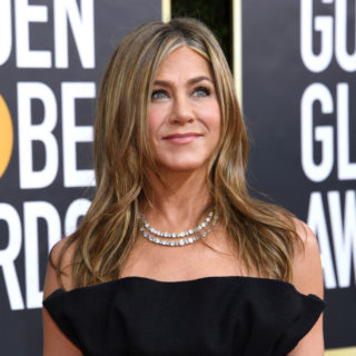 Jennifer Aniston in quarantena con i suoi cani