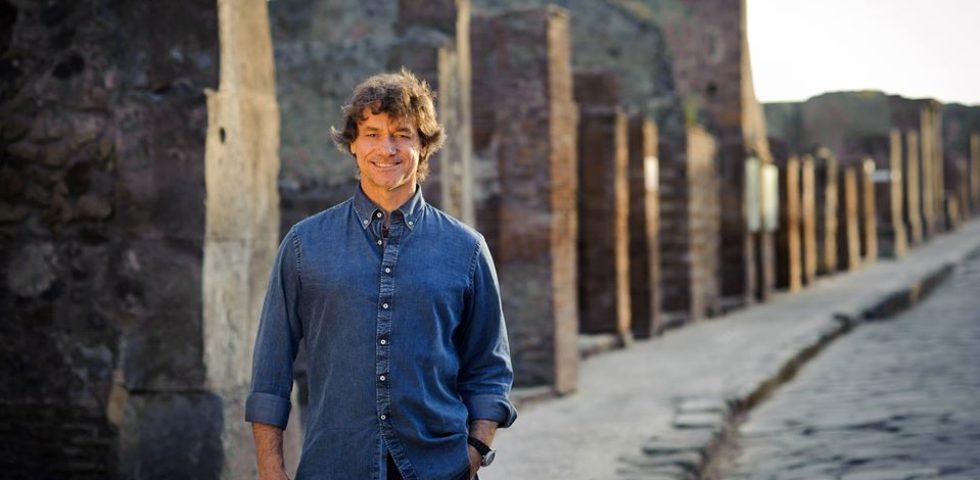 Alberto Angela festeggia il compleanno con un documentario in Vaticano