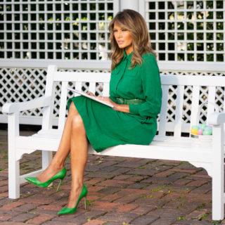 Melania Trump schiarisce i capelli per tornare in pubblico