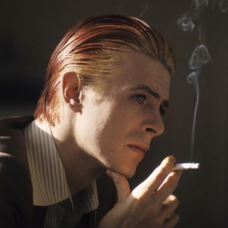Johnny Flynn è un perfetto David Bowie nel film Stardust