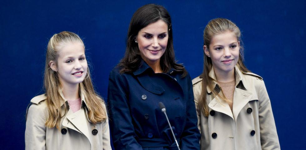 Letizia Ortiz: la Principessa Leonor e l'Infanta Sofia in pubblico per spegnere le polemiche