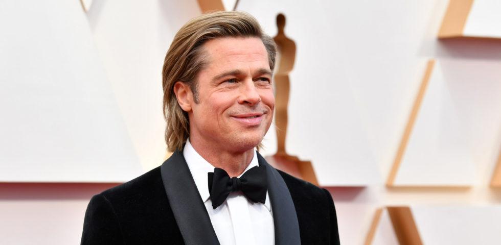 Brad Pitt cambia look: eccolo con i capelli lunghi