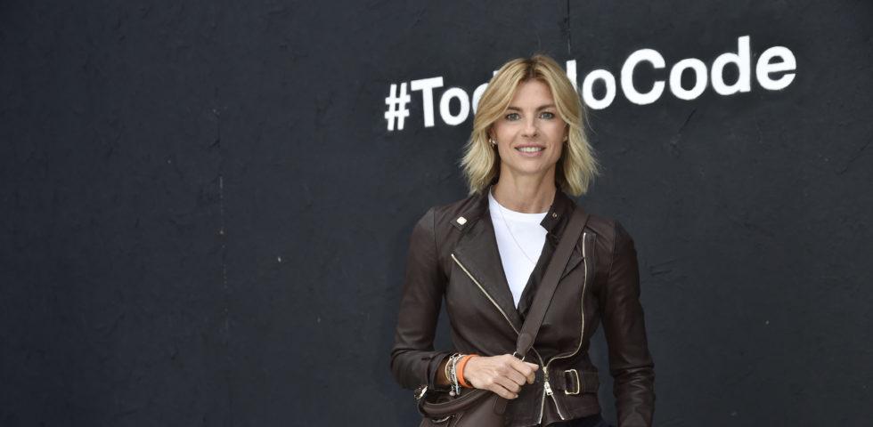 Martina Colombari contro gli haters: Mi dicono che sono un'anoressica schifosa