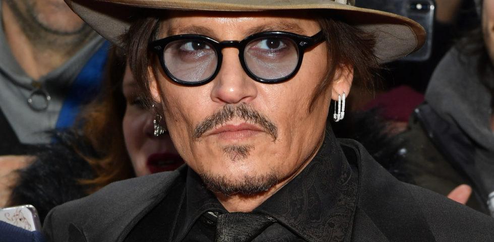 Johnny Depp compie 57 anni: amori, eccessi e carriera del sex symbol