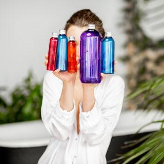 Shampoo chiarificante: cos'è e come si usa