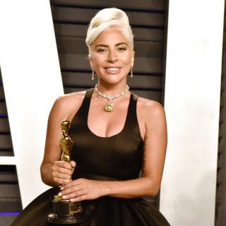 Lady Gaga, dopo gli Oscar non ha tolto il diamante