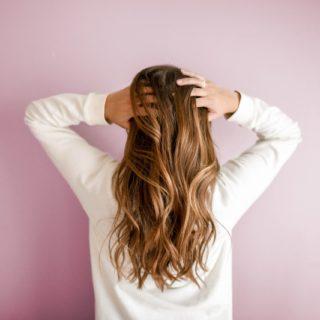 Caduta dei capelli: quando preoccuparsi?