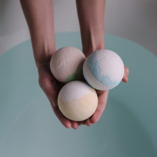 A tutto colore con le bombe da bagno!