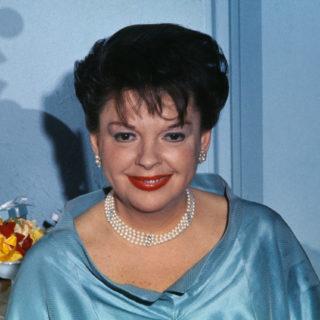 Judy Garland, il ritratto dell'enfant prodige di Hollywood