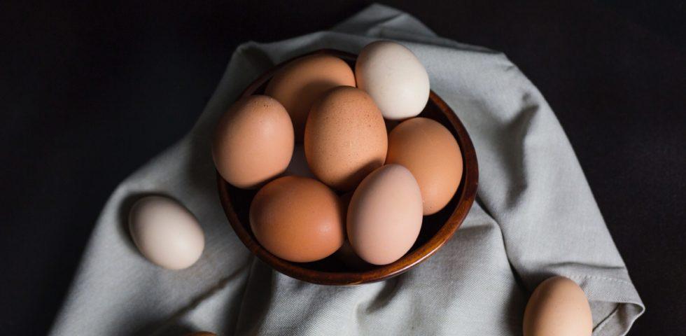Come pastorizzare le uova in casa: 3 metodi