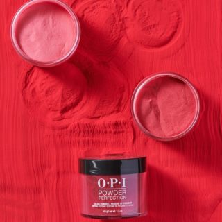 Beauty Alert: unghie al top con la dip powder manicure