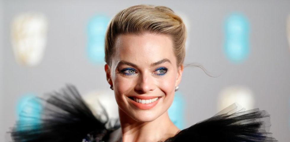 Eyeliner colorato per occhi marroni, verdi e celesti