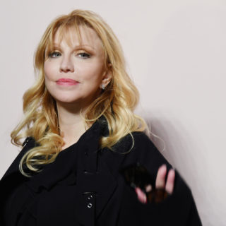 Happy b-day Courtney Love!