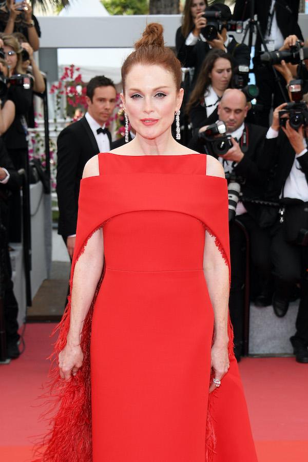 Julianne Moore in vestito rosso