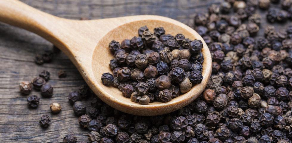 Piperina: funziona per dimagrire? Le controindicazioni