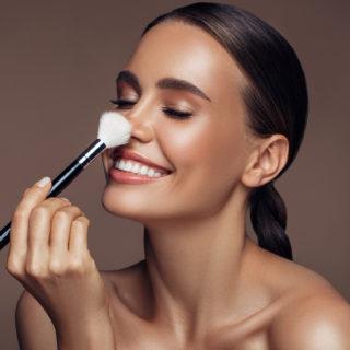 Beauty Advisor: i migliori pennelli per il fondotinta