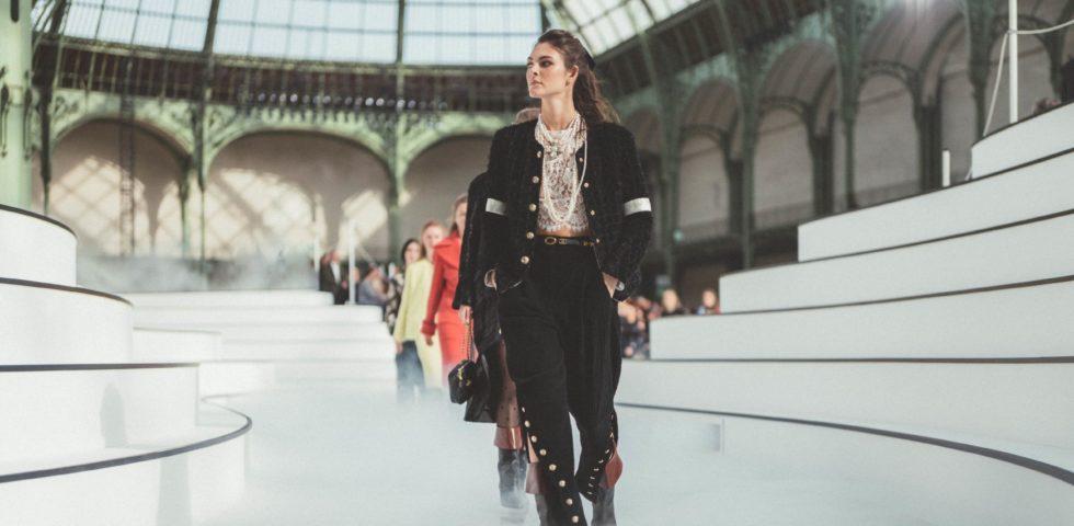 Come (e quando) indossare il tailleur nero