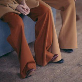 Fashion Alert: scarpe+pantaloni larghi, gli abbinamenti chic