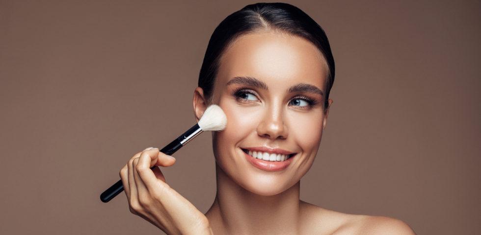 Blush: come sceglierlo e usarlo per un make-up perfetto