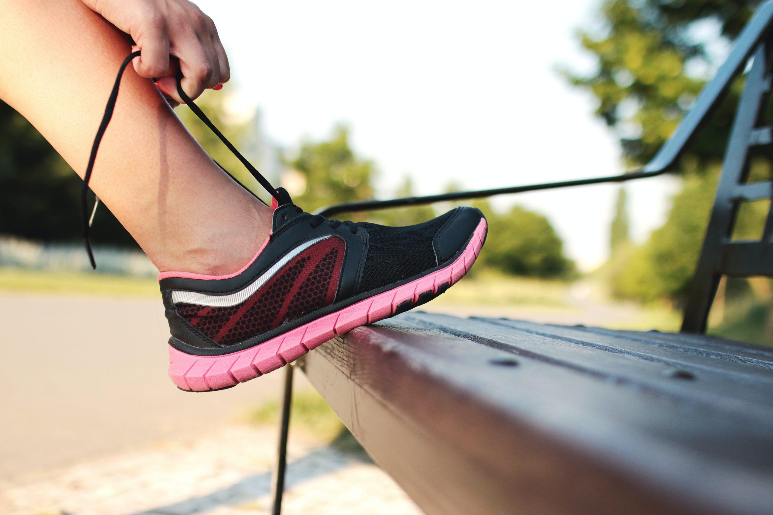 scarpe per correre o camminare