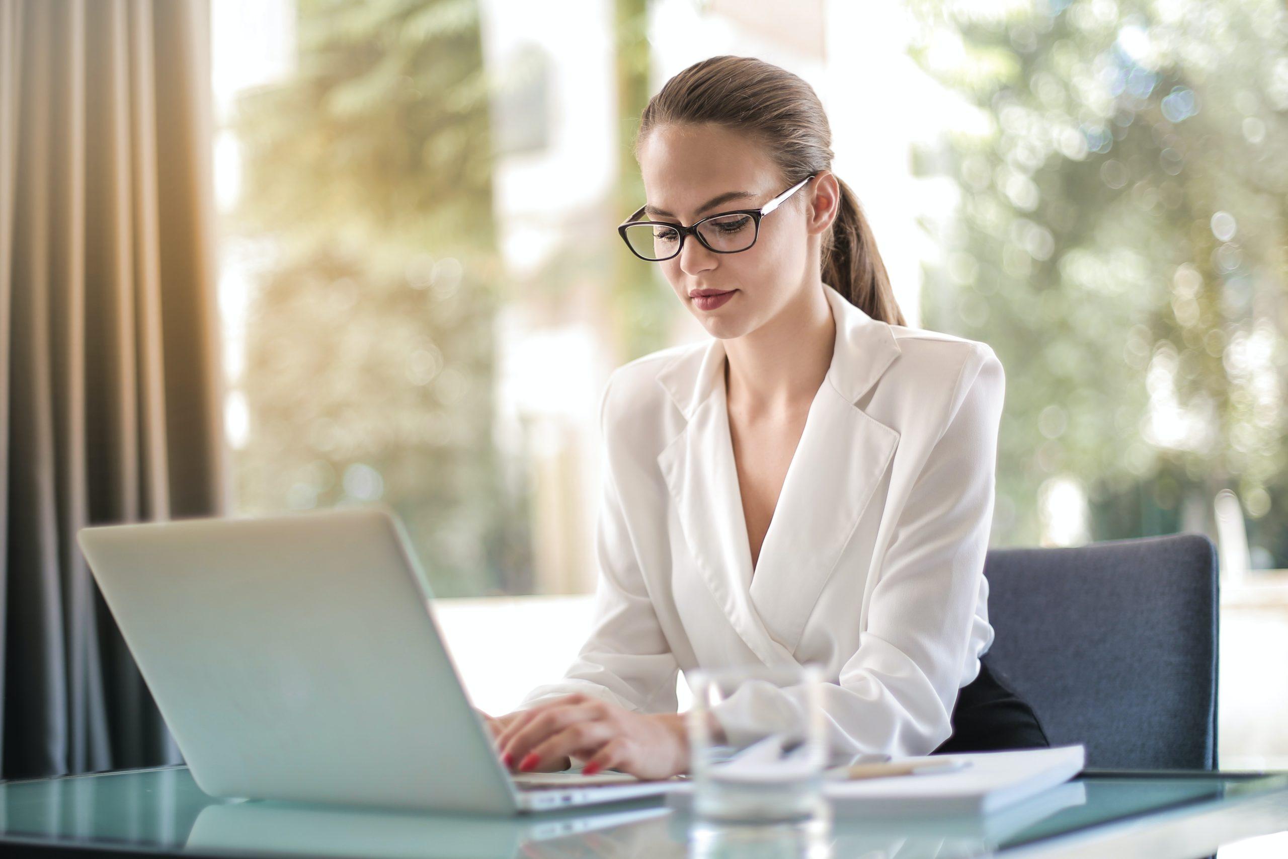 Smart working e abbigliamento: le regole per lavorare da casa (con stile)