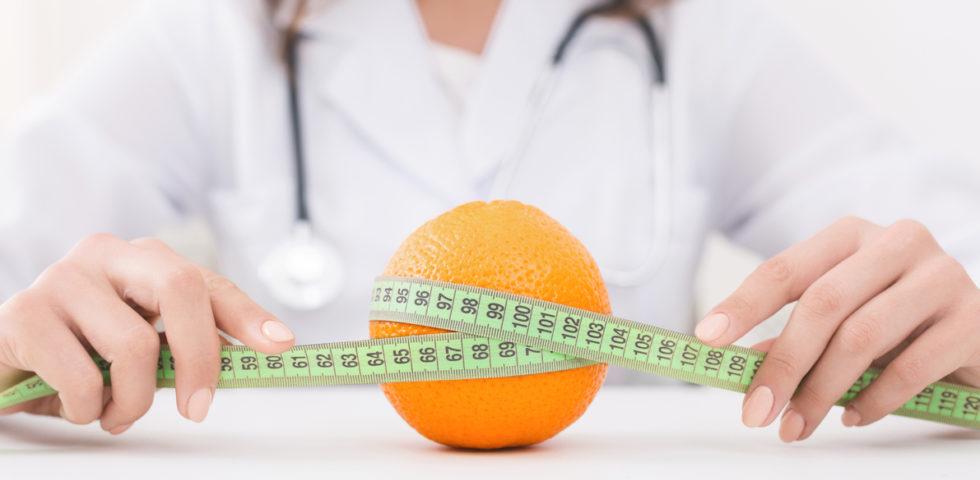 SOS buccia d'arancia: come contrastare l'inestetismo con la dieta anticellulite
