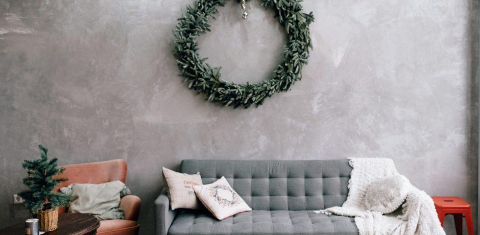 Ghirlanda di Natale: 5 idee originali per decorare casa
