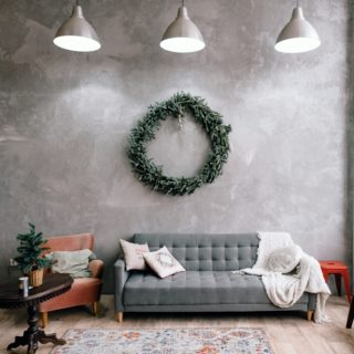 Soluzioni smart per decorare casa con le ghirlande